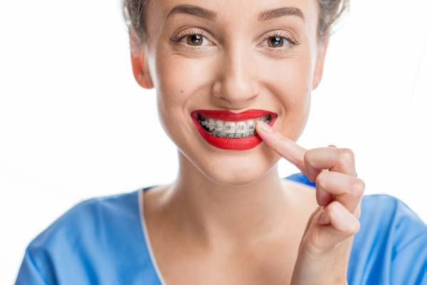 How To Choose The Right Orthodontist In Laguna Hills